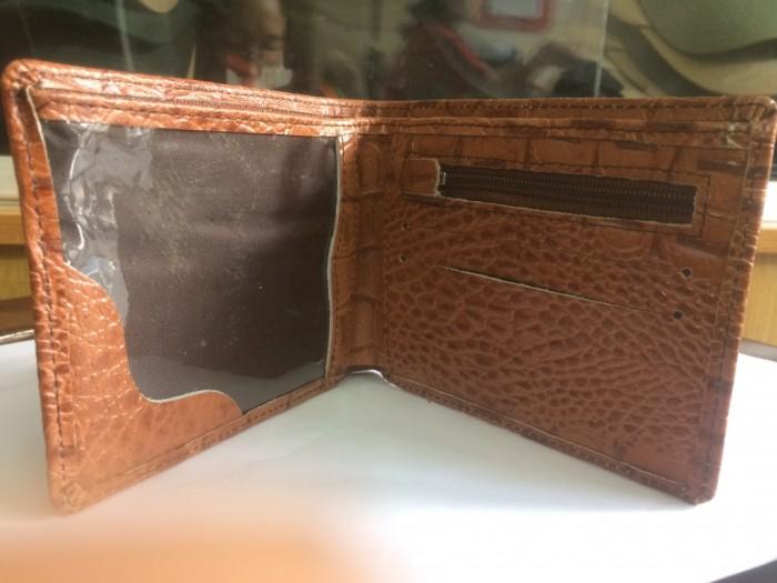 mặt trong của ví