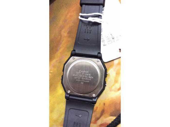 Đồng hồ Casio made In Thái Lan dây nhựa huyền thoại chống nước3
