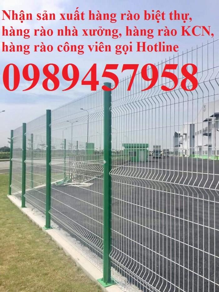 Hàng rào thép sơn tĩnh điện với màu sắc theo yêu cầu5