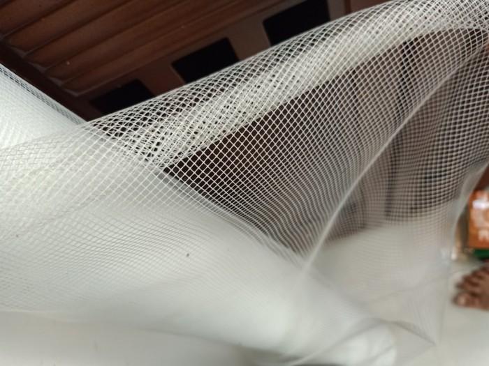 Thi công lưới thủy tinh chống côn trùng