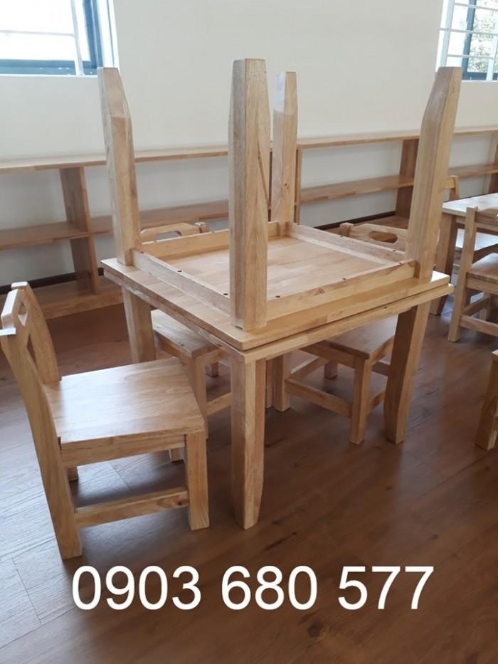 Cung cấp bàn ghế GỖ cho các bé mầm non giá cực RẺ2