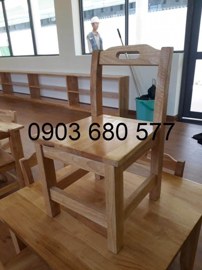 Cung cấp bàn ghế GỖ cho các bé mầm non giá cực RẺ3