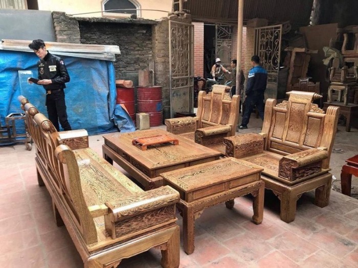 Bộ bàn ghế âu á hộp gỗ mun đuôi công15