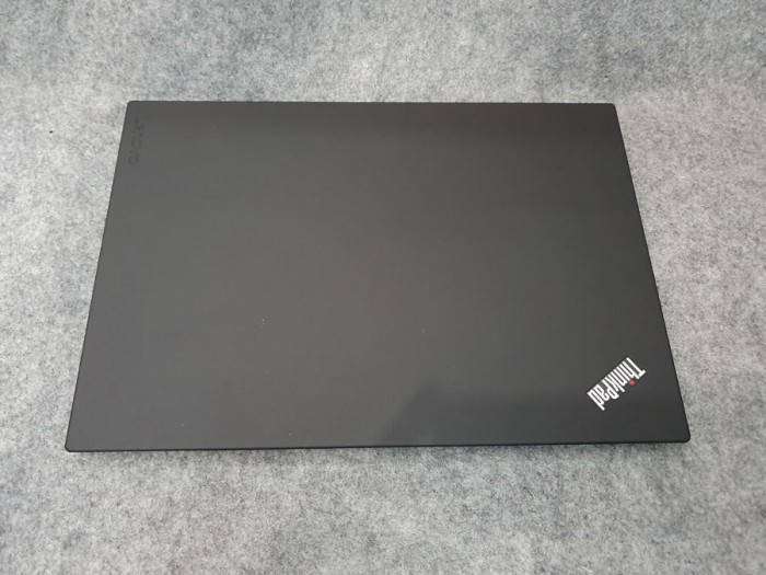 THINKPAD P51S CORE I7 7600 RAM DDR4 16G SSD NVME 512GB IPS FULL HD 15.6 INCH2