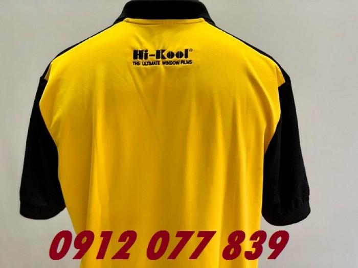 áo đồng phục màu vàng tay đen