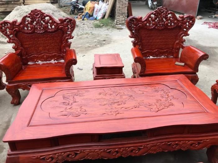 Bộ bàn ghế phòng khách kiểu hoàng gia gỗ hương đá17