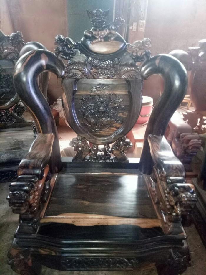 Bộ bàn ghế nghê đỉnh gỗ mun lào3