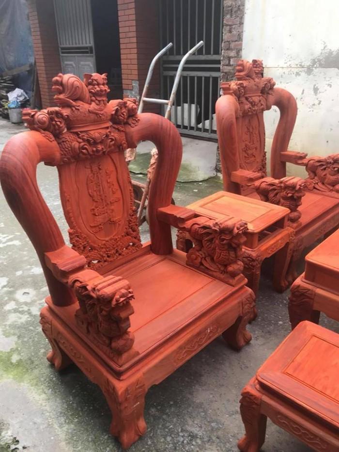 Bộ bàn ghế nghê đỉnh gỗ hương đỏ nam phi1