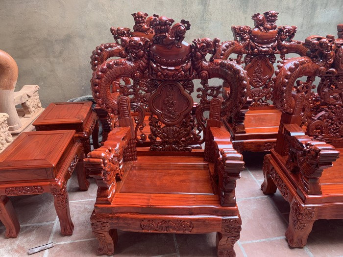 Bộ bàn ghế trạm nghê đỉnh tay khuỳnh vách bát tiên gỗ hương đỏ nam phi0