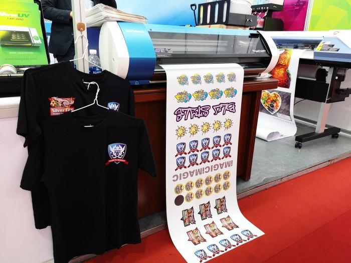 ROLAND BN-20 | máy in và cắt decal sticker, áo thun đồng phục Nhật Bản0