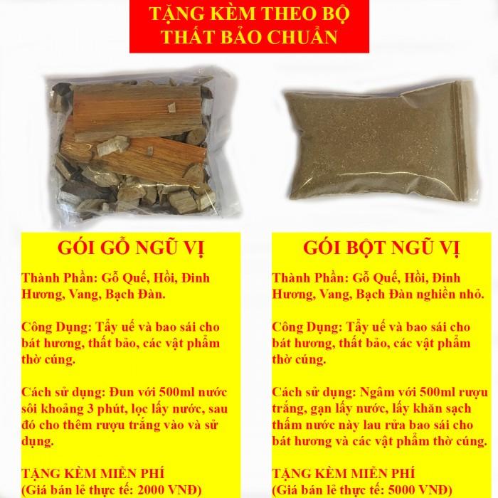 Mỗi bộ thất bảo số 4 đều được tặng kèm một gói bột ngũ vị để bao sái, tẩy uế và trừ tà2
