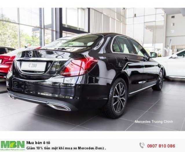 Giảm ngay tiền mặt khi mua xe Mercedes-Benz . 1