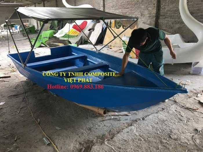 Thuyền composite : Tải trọng 1000 kg2