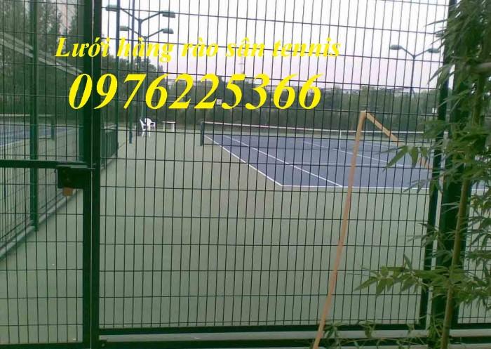 Hàng rào sân tennis, hàng rào sân bóng đá