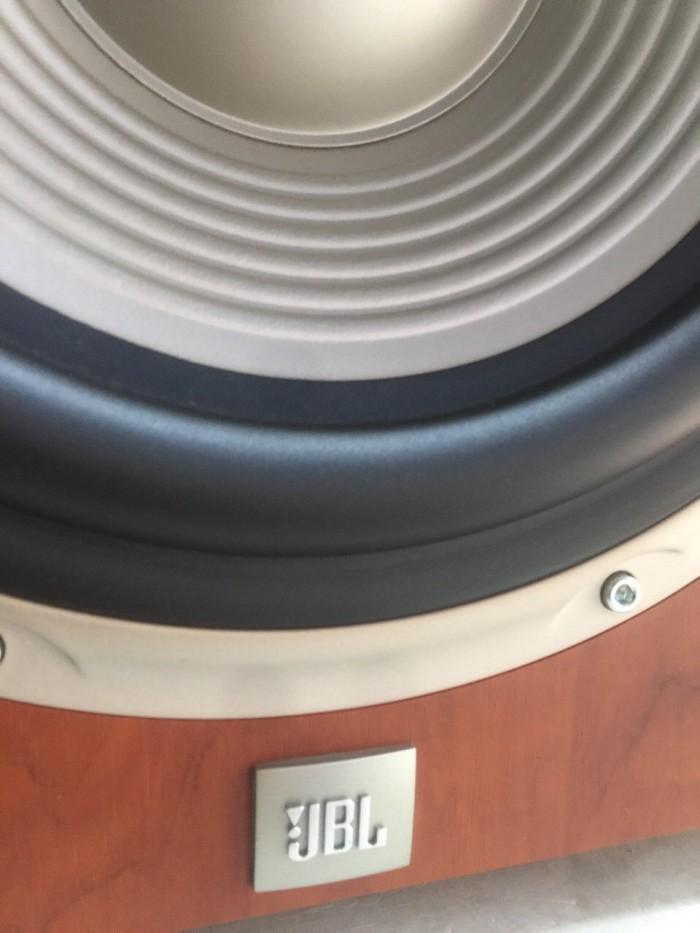 Bán chuyên sub JBL L8400P/230 hàng đẹp, zin 100% ,long lanh khong chỉnh sửa .4