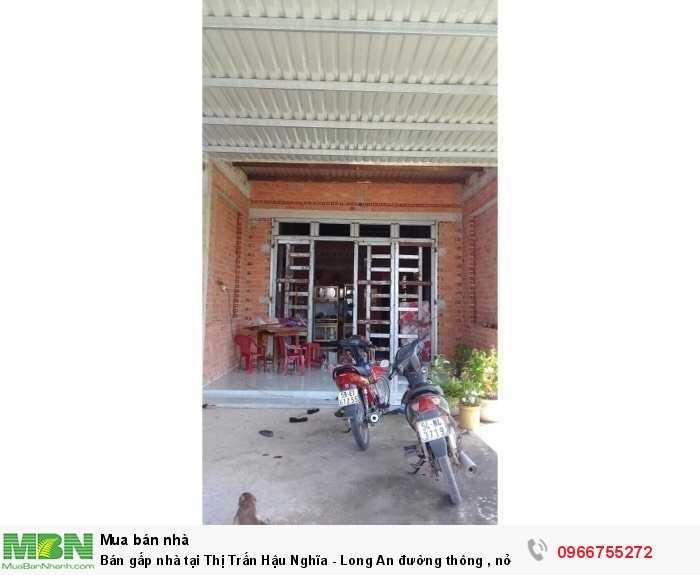 Bán gấp nhà tại Thị Trấn Hậu Nghĩa - Long An đường thông , nở hậu 237m2