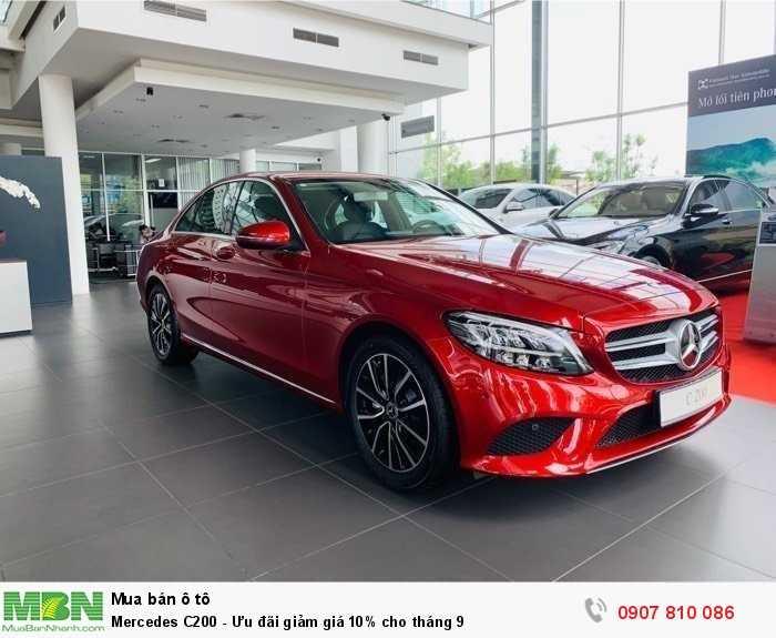 Mercedes C200 - Ưu đãi giảm giá 10% cho tháng 9