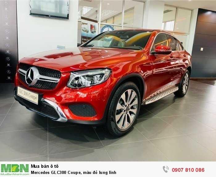 Mercedes GLC300 Coupe, màu đỏ lung linh 2