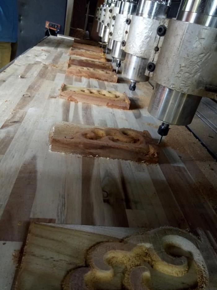 bán máy đục gỗ 5 đầu đục tại Hóc Môn