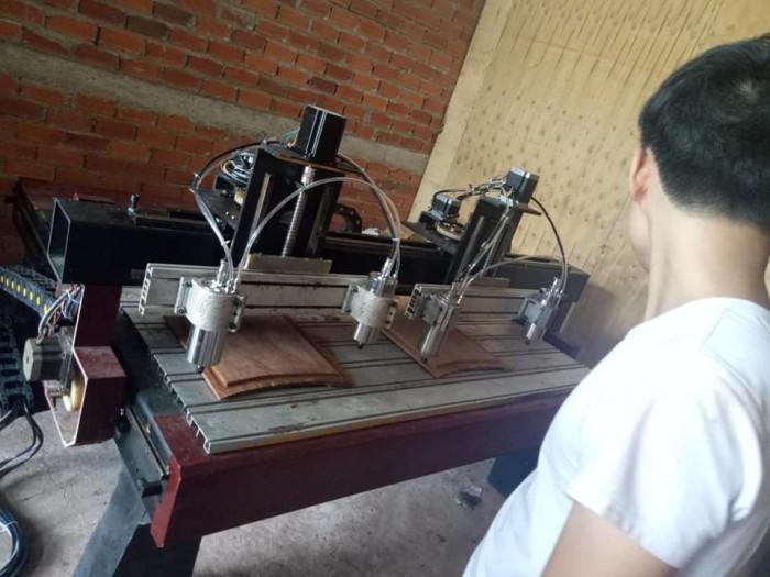 máy cnc đục gỗ cũ giá rẻ