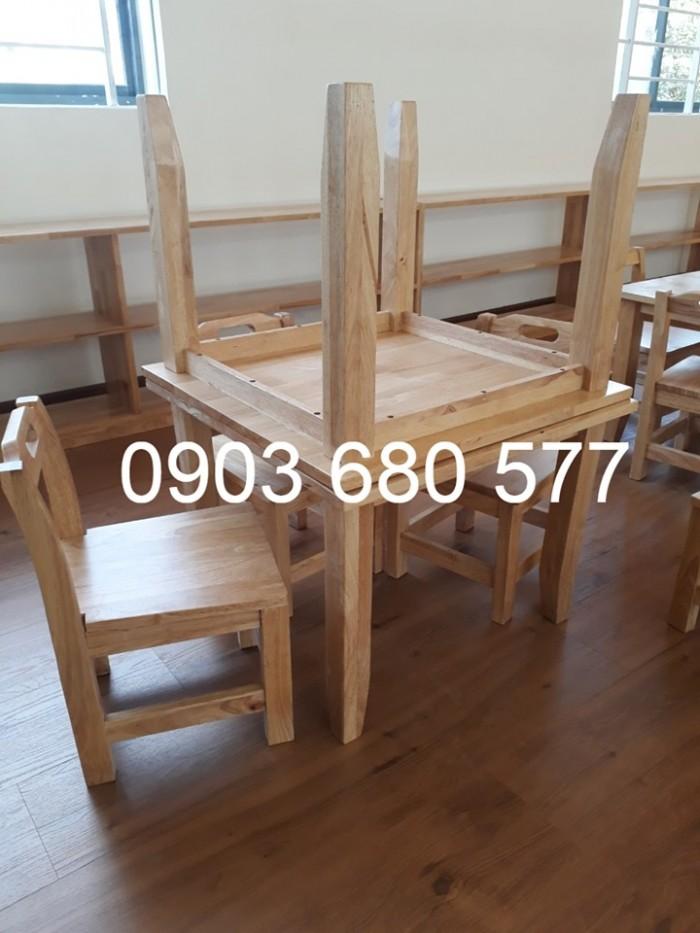 Chuyên bán bàn ghế bằng gỗ cho trẻ em mầm non giá ưu đãi5
