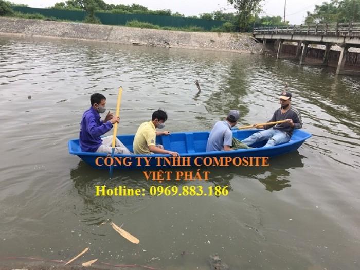 Thuyền composite : Tải trọng 400kg4