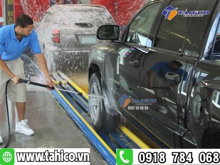 Máy rửa xe cao áp kokoro 18m25-4t4 tahico2