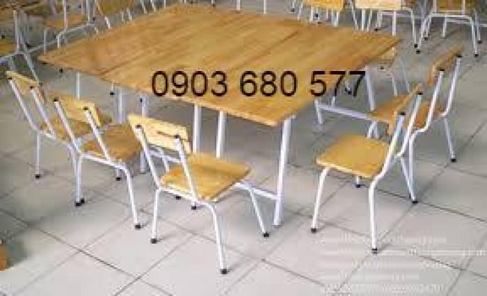 Chuyên sản xuất và cung cấp bàn ghế gỗ mầm non giá cực SỐC18