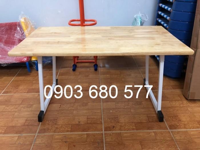 Chuyên sản xuất và cung cấp bàn ghế gỗ mầm non giá cực SỐC8