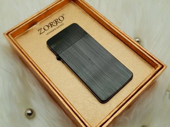 Bật lửa xăng đá zorro ZC52