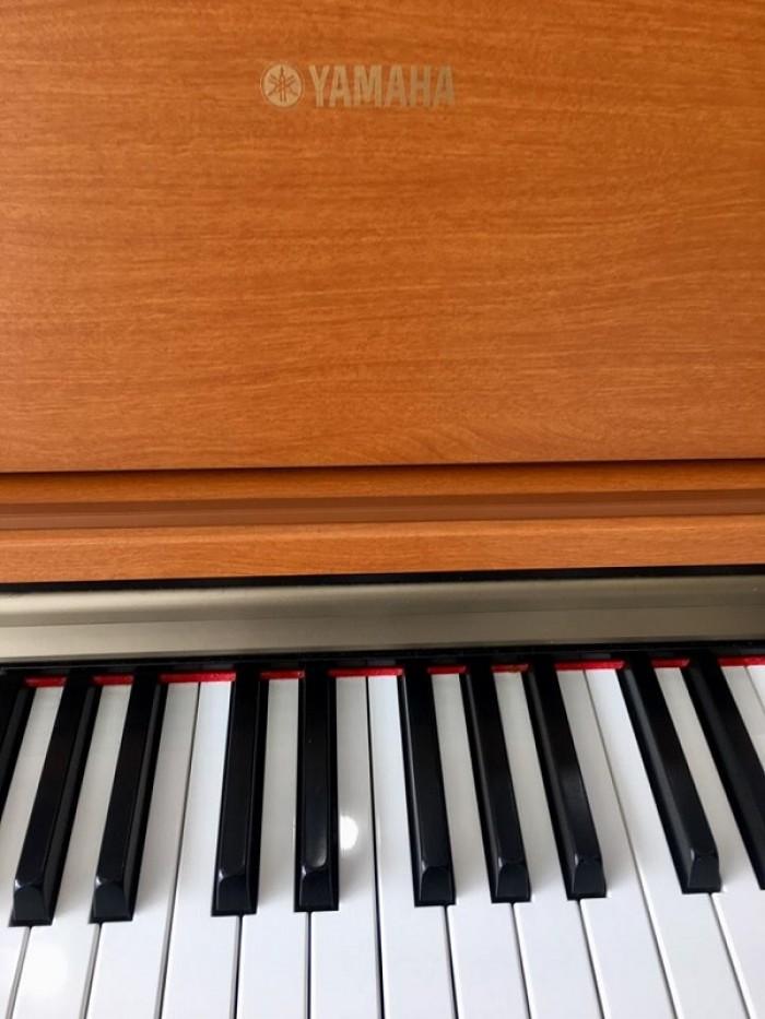 PIANO YAMAHA J-70000