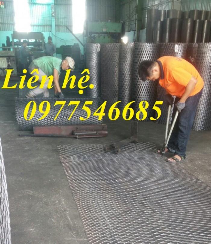 Sản xuất lưới thép hình thoi, lưới kéo giãn, lưới dập giãn, lưới quả trám0