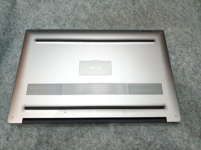 DELL XPS 9560 CORE I5 7300HQ RAM DDR4 8G SSD NVME 256G IPS UHD 4K 15.6 INCH1