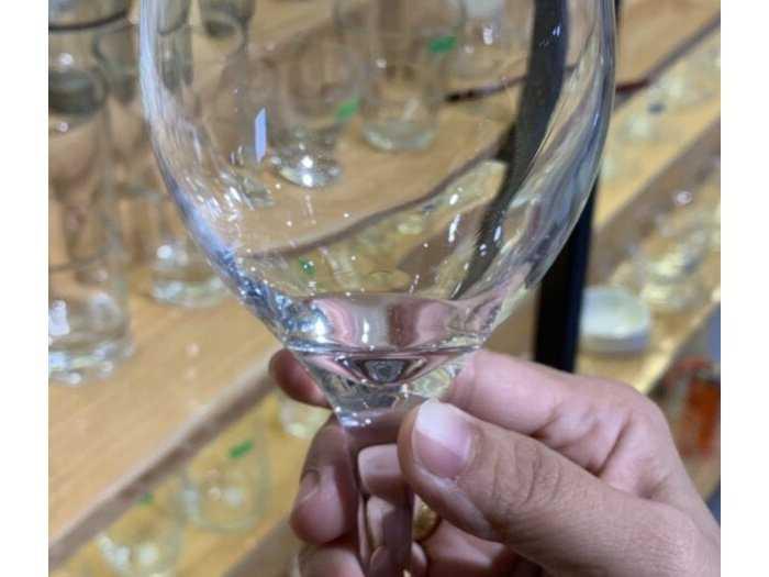 Xưởng in ly rượu cao giá rẽ
