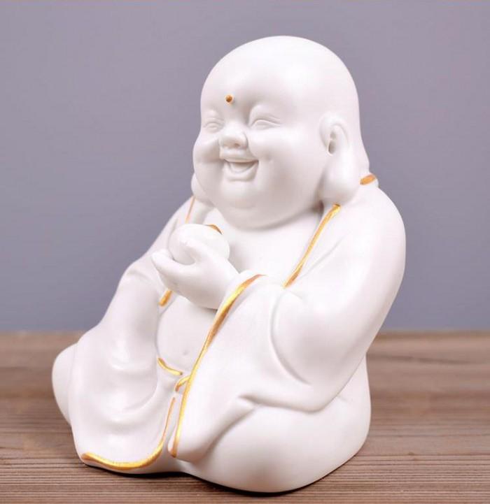 Tượng Tiếu Phật gốm trắng1