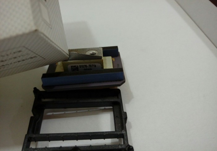 Có 5 DMD tháo máy chiếu DLP ra ngon cho thợ2