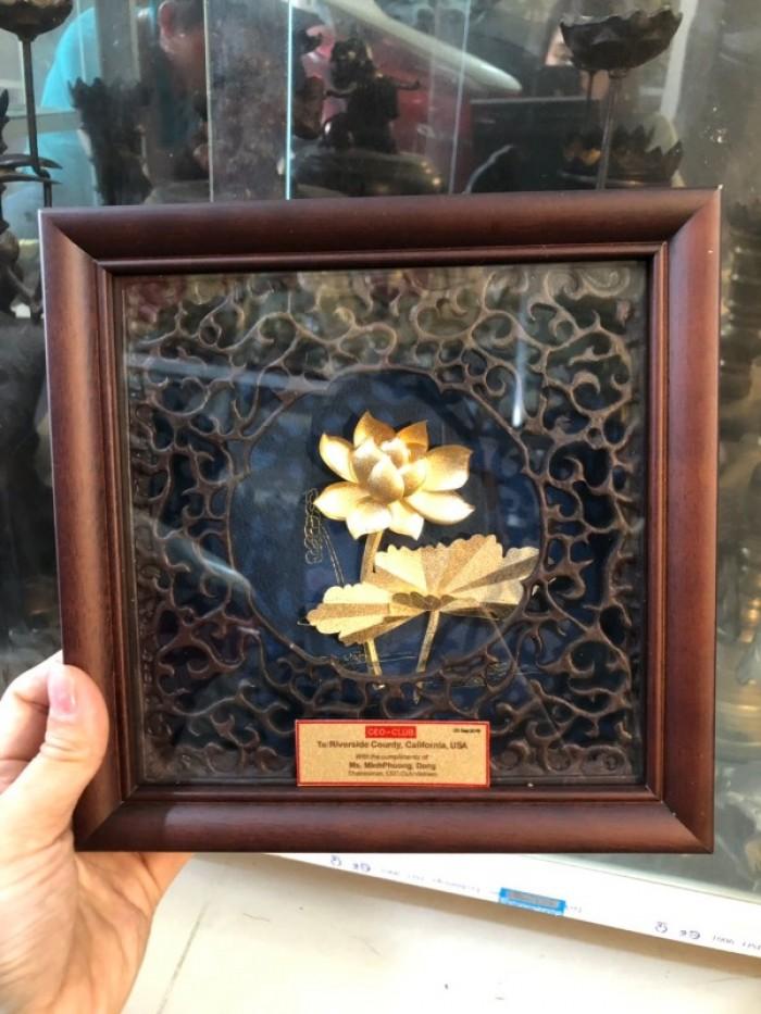 Tranh hoa sen mạ vàng 24k quà tặng doanh nghiệp0