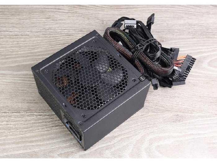 Nguồn máy tính seasonic 620w s12ii1