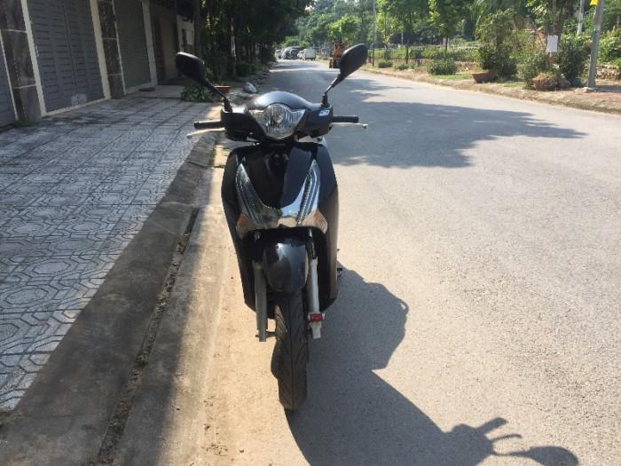 Chính chủ cần bán Honda Sh 125i VN màu đen còn nguyên bản chất lượng gần như mới, biển số Hà Nội đẹp. 3