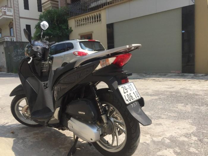 Chính chủ cần bán Honda Sh 125i VN màu đen còn nguyên bản chất lượng gần như mới, biển số Hà Nội đẹp. 4