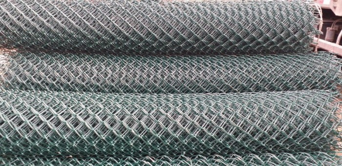 Lưới B40 bọc nhựa giá tốt3