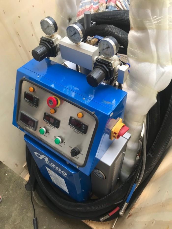 máy phun foam cách nhiệt cách âm chống cháy1