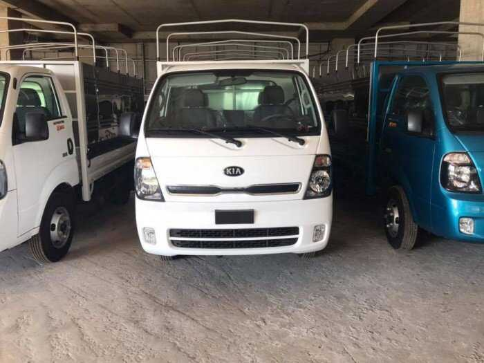 Xe tải Thaco 1,9 tấn tặng 50% Lệ Phí Trước Bạ