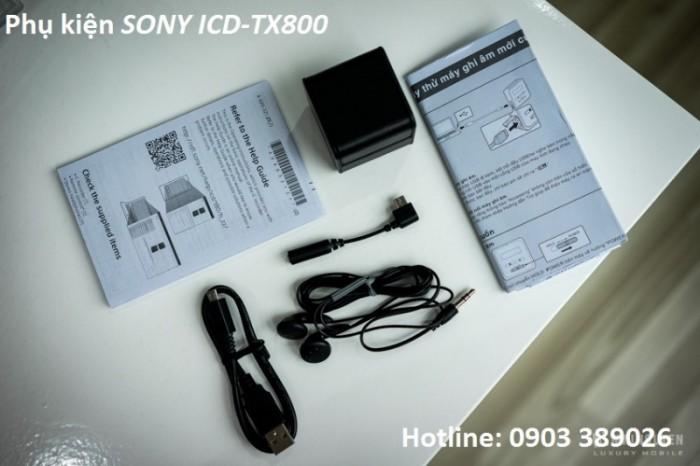 phụ kiện Máy ghi âm Sony ICD-TX800 gồm có;  dây phone, dây nối phone, cable sạc, hộp đựng máy, catalot1
