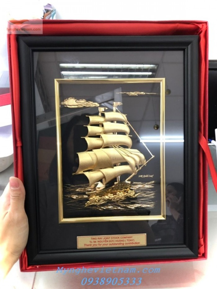 Quà tặng tết 2020,tranh thuyền buồm mạ vaàng 24k