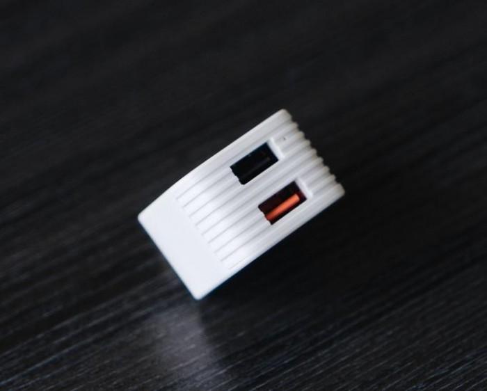 Sạc Backup Dữ Liệu Đa Năng HyperCube Mở Rộng Bộ Nhớ Tặng Thẻ Nhớ 32GB