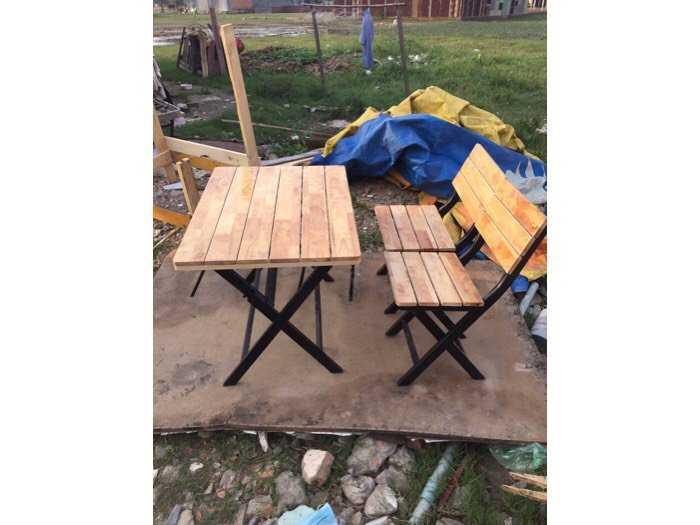 Bàn ghế xếp sắt ốp gỗ giá rẻ tại xưởng sản xuất1