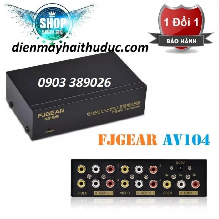 Bộ chia Audio Video FJGear 1 ra 4 giúp hỗ trợ kết nối 1 đầu Video phát âm thanh và hình ảnh ra cùng lúc 4 tivi 1