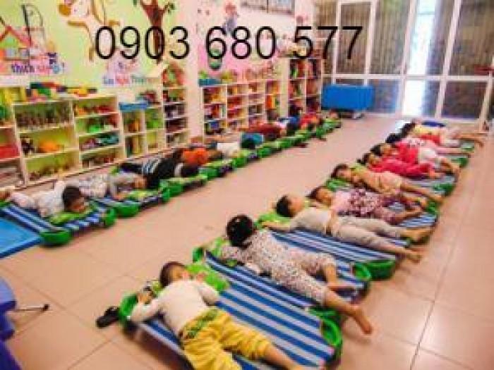 Cần bán giường ngủ lưới mầm non dành cho trẻ nhỏ giá ưu đãi0