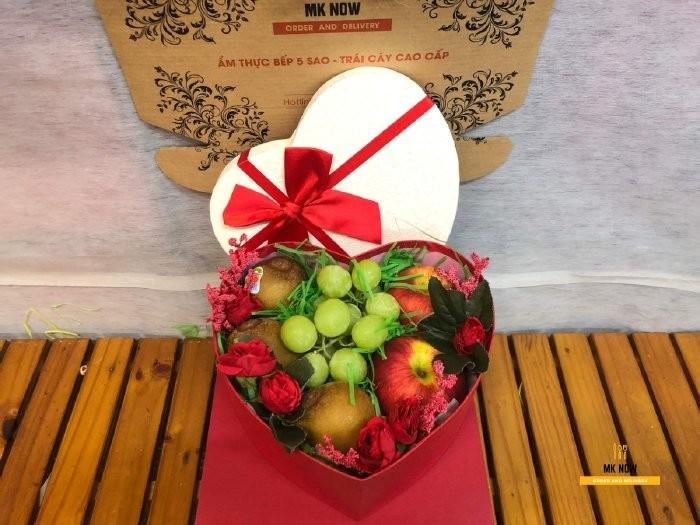 Hộp trái cây quà tặng 20/10 MKnow - FSNK1060